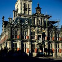 http://more.locloud.eu/content/pol_mayer/nederland/PMa_NL_013_Delft.jpg